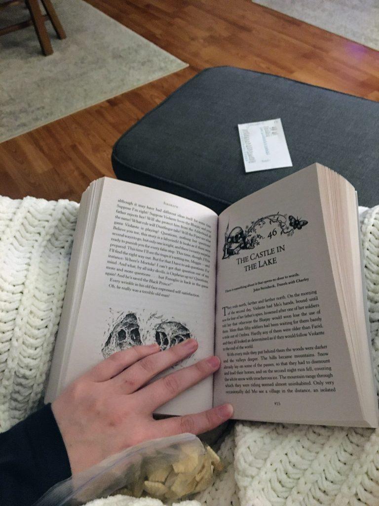 book nook cozy